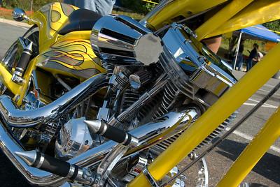 Hooters Fredericksburg_092009_0009