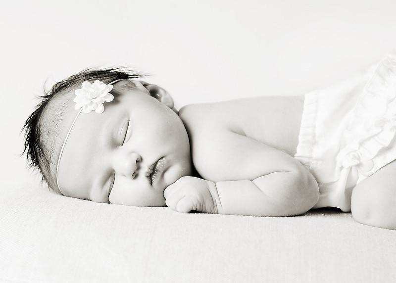 Hollis newborn 06-2