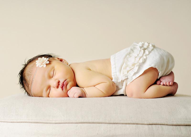 Hollis newborn 01
