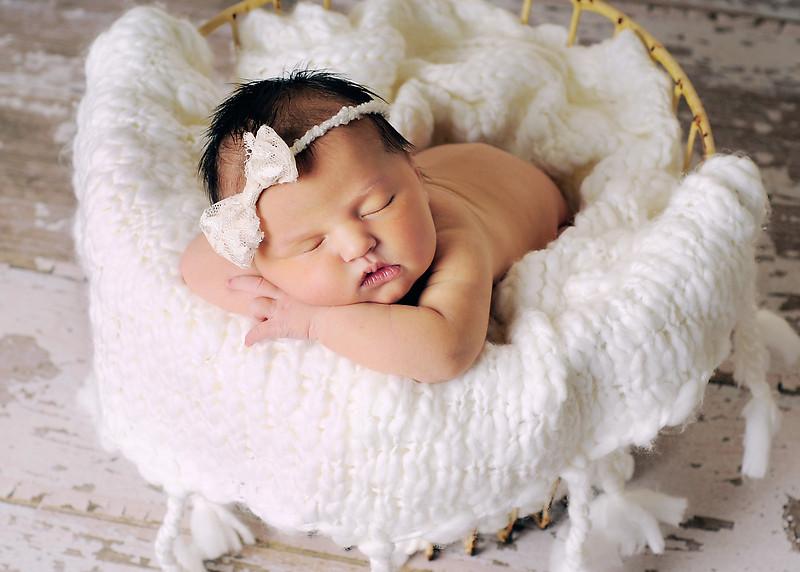 Hollis newborn 36