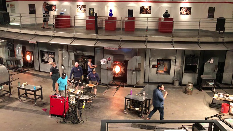 VIDEO - Tacoma Museum of Glass (Hot Shop)