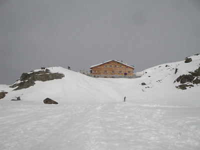 Arriving at the clean and comfortable Marteller Hut, our destination for the first night.