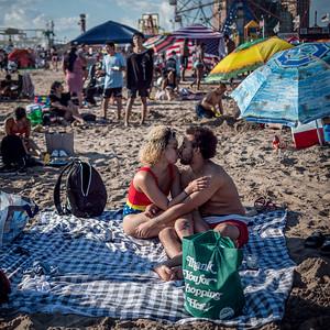 070421_1533_Coney Island July 4th