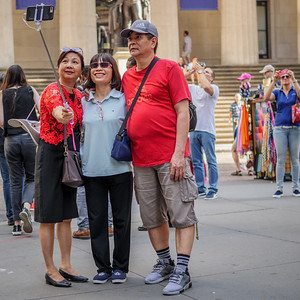092517_6123_NYC Tourists
