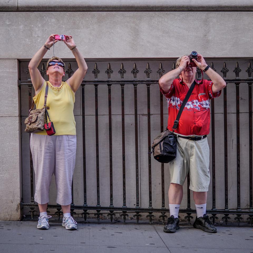 092517_6100_NYC Tourists