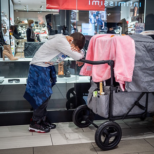 112720_1737_Shoppers