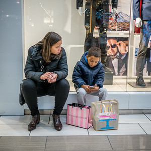 120416_3852_Shoppers