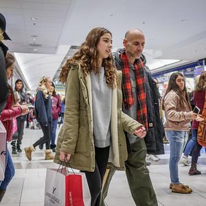 121717_9935_Shopping