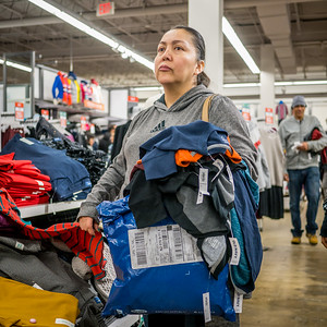 121816_5622_Shoppers