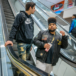 121816_5592_Shoppers