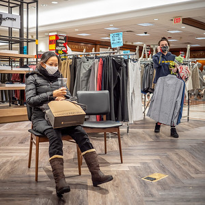 122020_4686_Shoppers