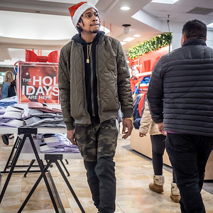 122219_2665_Shoppers