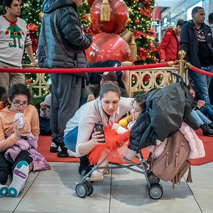 122219_2478_Shoppers