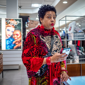 122318_7322_Shoppers