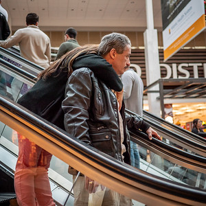 122318_7248_Shoppers