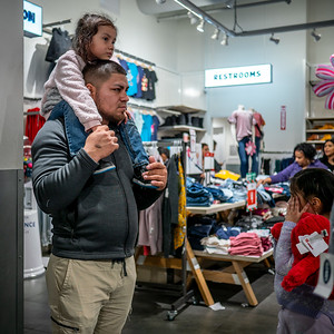 122318_7203_Shoppers