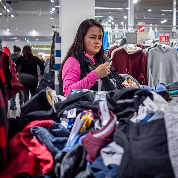 122318_7215_Shoppers