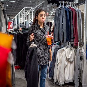 122318_7171_Shoppers