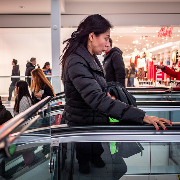122318_7138_Shoppers