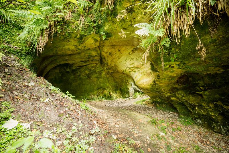 Sandy Cave