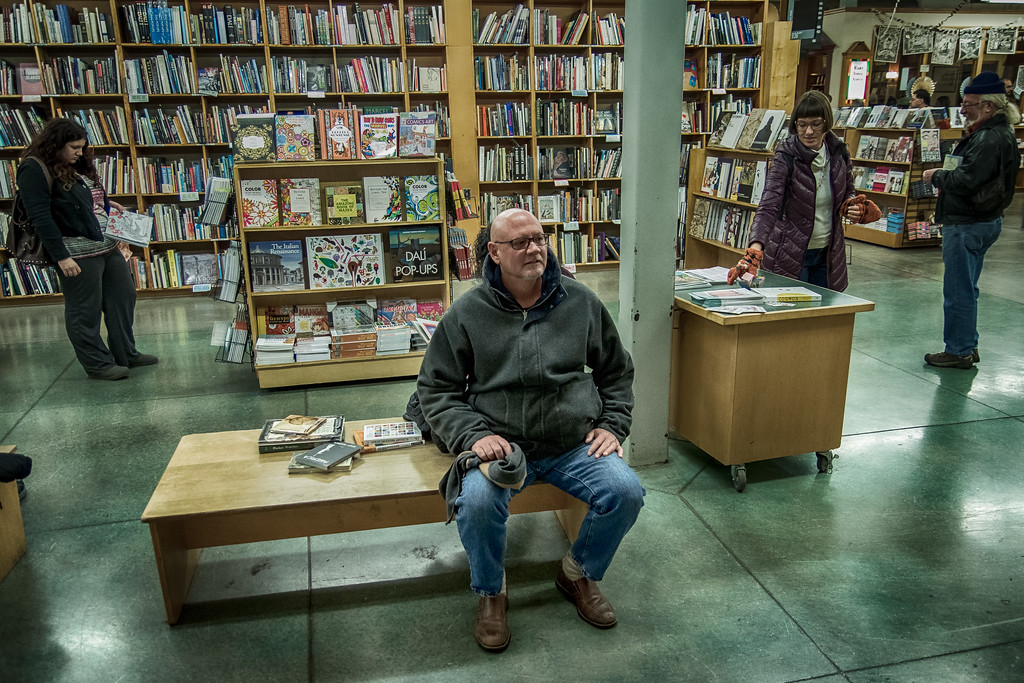 Bob overwhelmed at Powells - takes a break