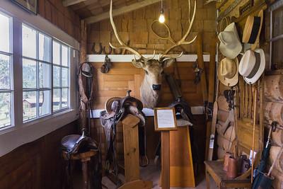 MacGregor Ranch Home Entryway