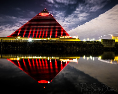 pyramid red