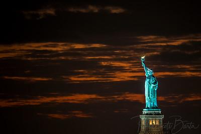 StatueOfLiberty_sunset-005