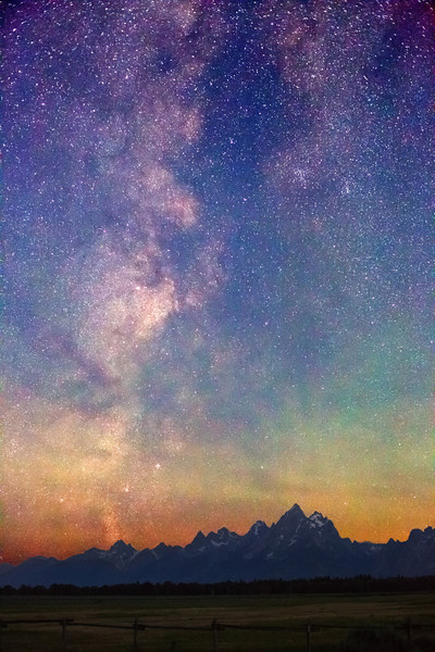 Milky Way dawn over Teton Range, Grand Teton National Park. (Pre-dawn - 4:13 AM two hours before sunrise, taken from Elk Ranch Flats Turnout.)