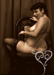 Bella Du Jour  Keyhole Cabaret - Burlesque show in San Diego
