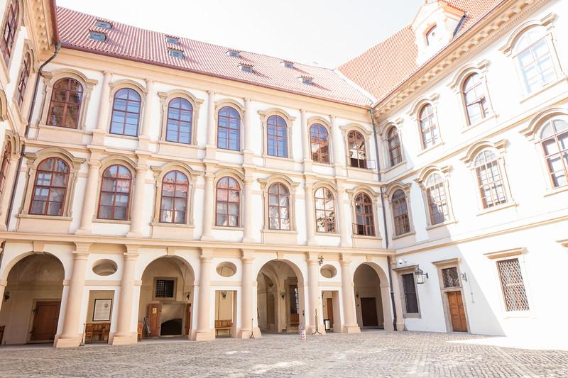 Czech Senate building, Valdštejnské nám.