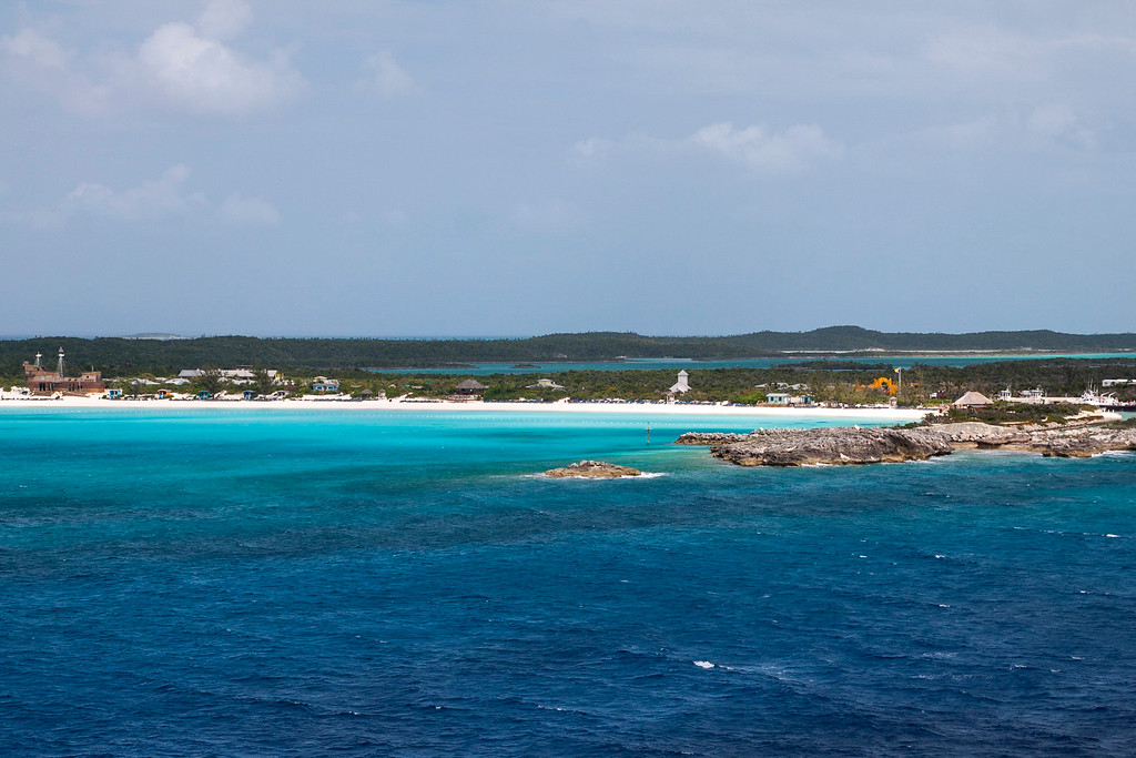 Pulling out of Half Moon Cay