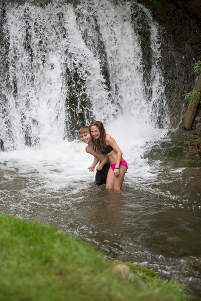 Kids in waterfall (17 of 39)