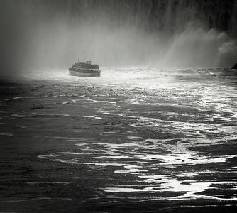 Maid of the mist 02