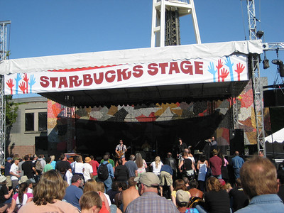 Ian Moore on the Starbucks stage.