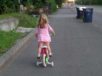 She's really getting used to her bike.