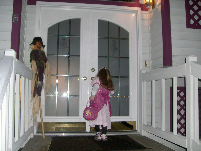 Halloween '08 - done trick-or-treating and ended up at Grammy Rose's