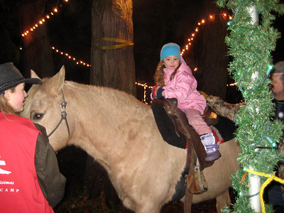 Seeing the Christmas Lights show at Warm Beach (Dec. '08) - The horse ride!