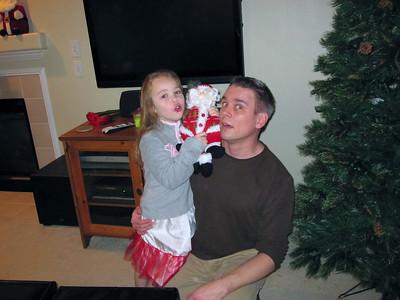 2009.11.30 - Decorating the Christmas tree