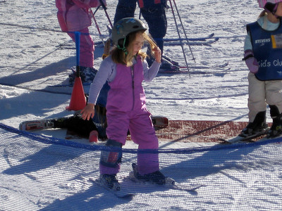 2.7.2009 - Kimber's 1st ski lesson at Stevens Pass. And here we go...downhill without any help!
