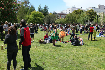 More people on grass