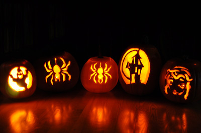 2011.10 - Pumpkins have been carved!
