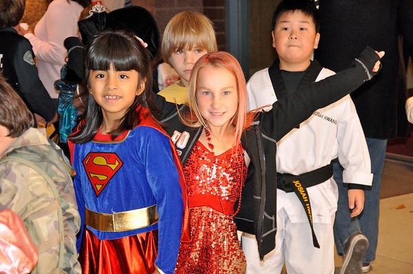 Halloween Pumpkin Parade at Columbia Elementary - Jamie