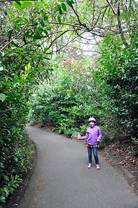 2012.04 - Zoo. Kimber leading the way.