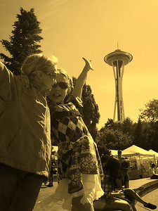 2012.09 - Bumbershoot: required pic with Space Needle
