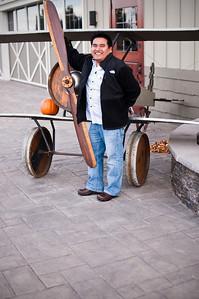 2012.10 - Chad's birthday: wine tasting in Prosser, WA. Cool barrel plane!