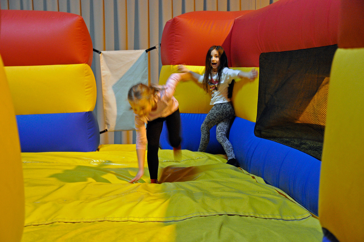 2012.01 - Kimber's 8th Birthday - Jump Planet