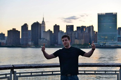 representing Manhattan skyline