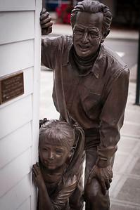 2014.05.10 - Children's Museum - statues