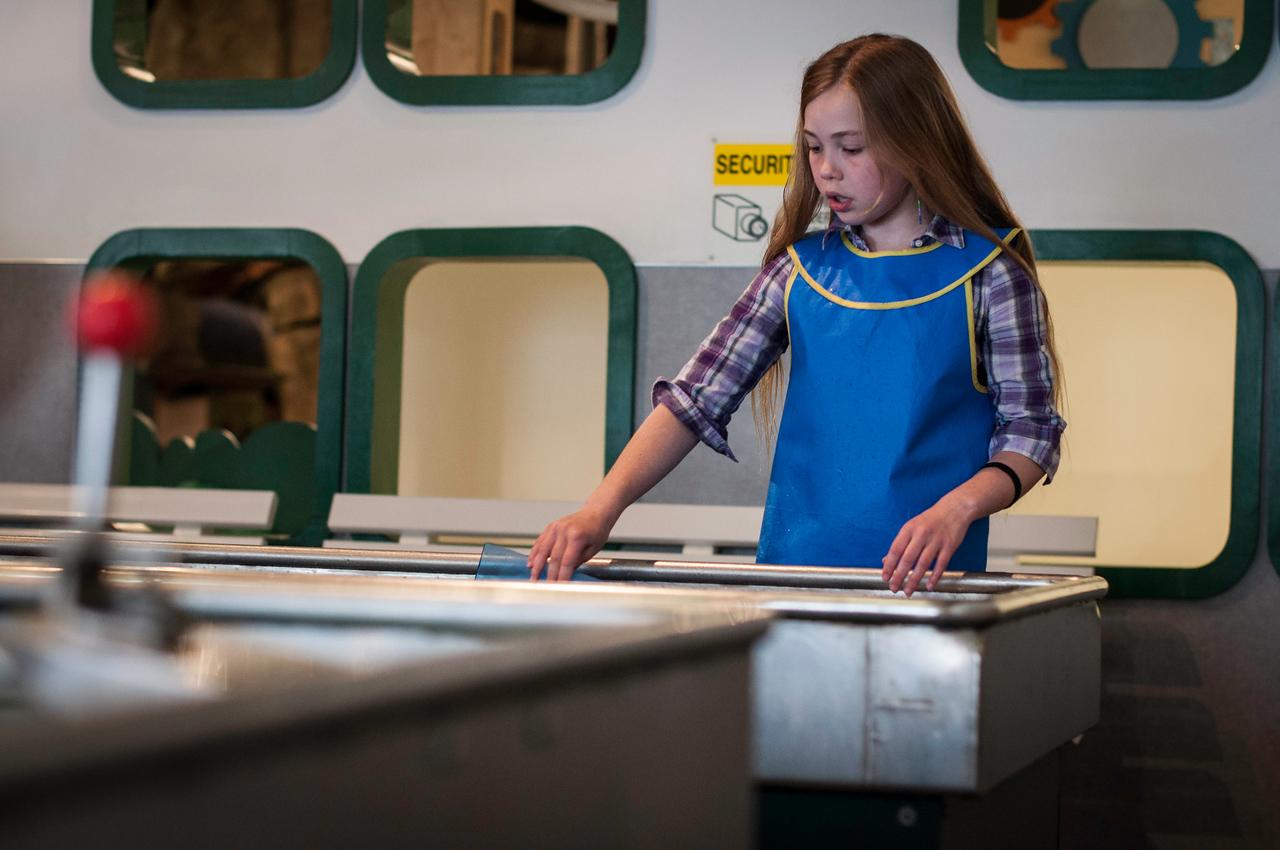 2014.05.10 - Children's Museum - water works